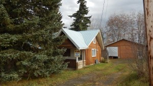 Horsefly Village: Perfect Starter Home - 5752 Horsefly Road