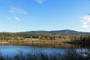 Lake View Cariboo Country Home Surrounded by Crown Land - 7011 Black Creek Road, Horsefly BC